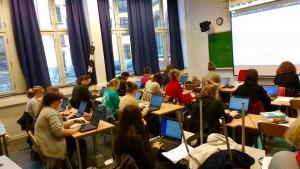 Fulle klasserom til essaytevling ved Oslo katedralskole